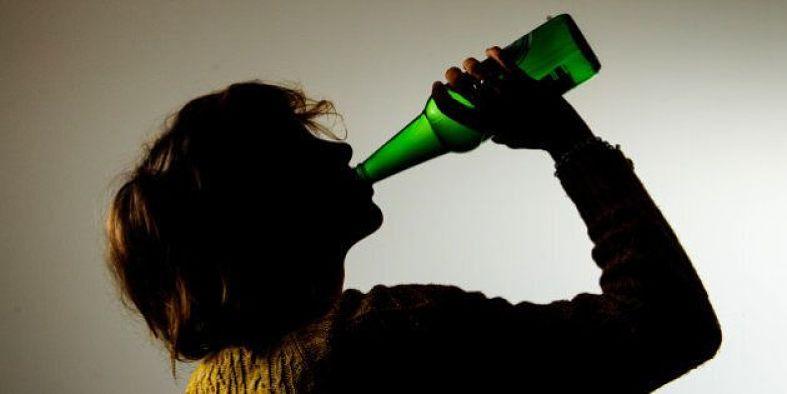 parar de beber alcohol