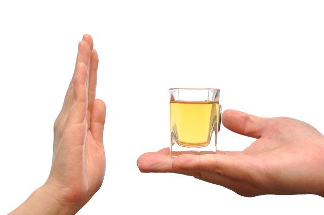 como dejar de beber en exceso