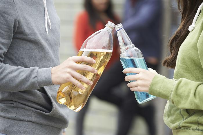 consecuencias sociales del alcoholismo en adolescentes