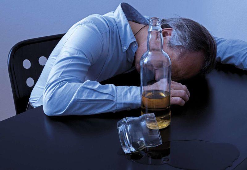 alcohol-debilidad
