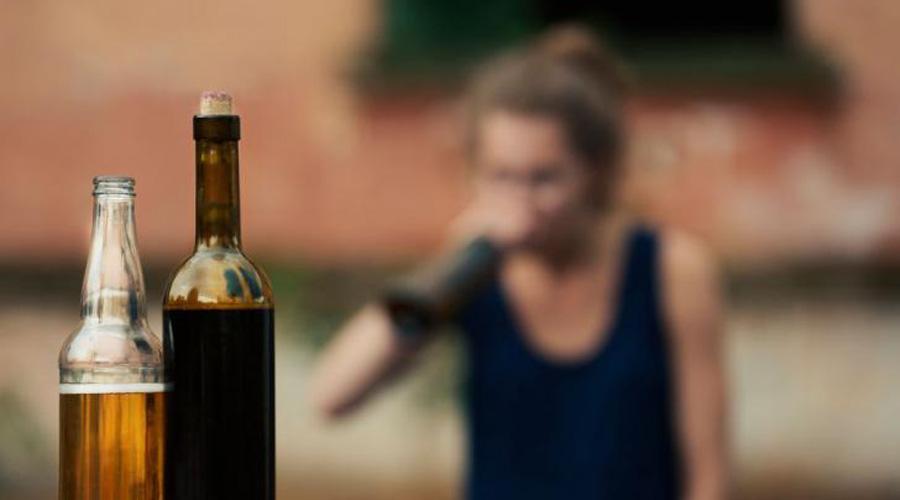 el alcohol es una sustancia narcotica