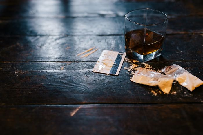 resaca de coca y alcohol